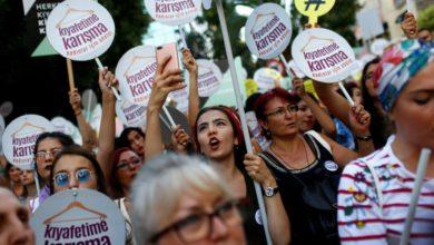 """La """"Nuova Turchia"""" e la sua progressiva islamizzazione. """"Autobus rosa"""" e segregazione femminile."""