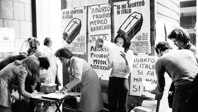 """Italia e aborto la Legge 194 tra mozioni """"pro-vita"""" e libertà di autodeterminazione della donna."""