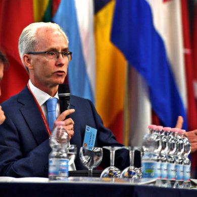 Il fianco sud della NATO: rischi, opportunità e prospettive dell'alleanza atlantica nel mediterraneo allargato.