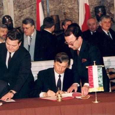 La democratizzazione interrotta del mondo ex sovietico: Polonia e Ungheria