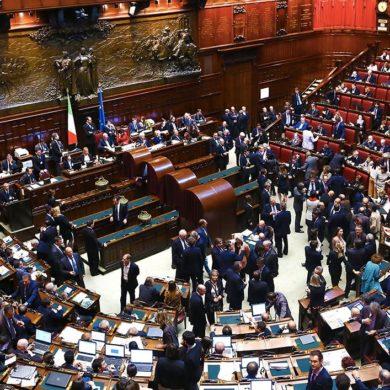 """La legislazione d'emergenza in Italia, dagli """"anni di piombo"""" al Covid-19."""